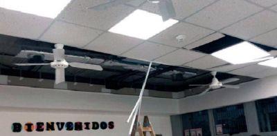 Docentes denunciaron que se cayó el techo de una escuela de Villa 31 que inauguró Larreta en junio
