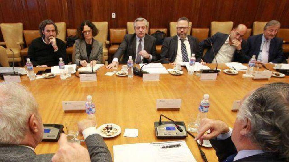 Alberto quiere una ley para el Consejo Social y sumó a la UIA a su plan nacional contra el hambre