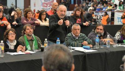 Por unanimidad, los gremios de la CTA definieron el retorno a la CGT