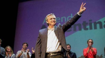 Alberto provincializa la campaña en tres pesos pesados del interior