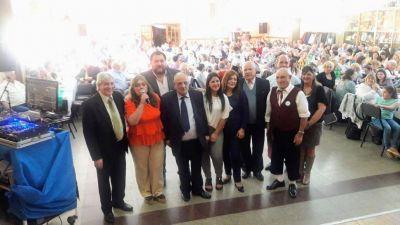Arroyo junto a la comunidad molisana en su 30 aniversario