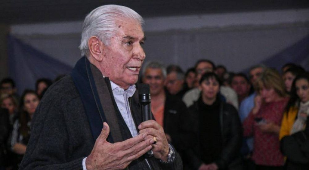 Pereyra cosechó el apoyo de los gremios de la energía en busca de revitalizar su candidatura