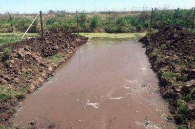 Clausuraron una obra hídrica ilegal en Arroyo Cabral