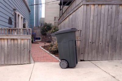 Este es SmartCan, el sistema que permite sacar la basura con un cesto con conducción autónoma