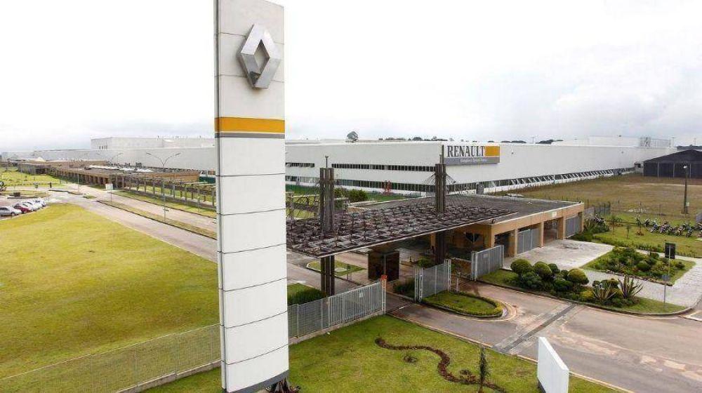 Renault: Más 270 operarios cordobeses suspendidos temen por su futuro