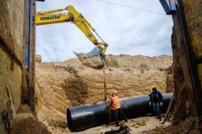 """Arroyo supervisó la etapa final la obra del Acueducto Oeste: """"Esto es el futuro"""""""