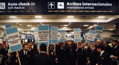 Principio de acuerdo salarial con pilotos, que garantizaron los vuelos del fin de semana