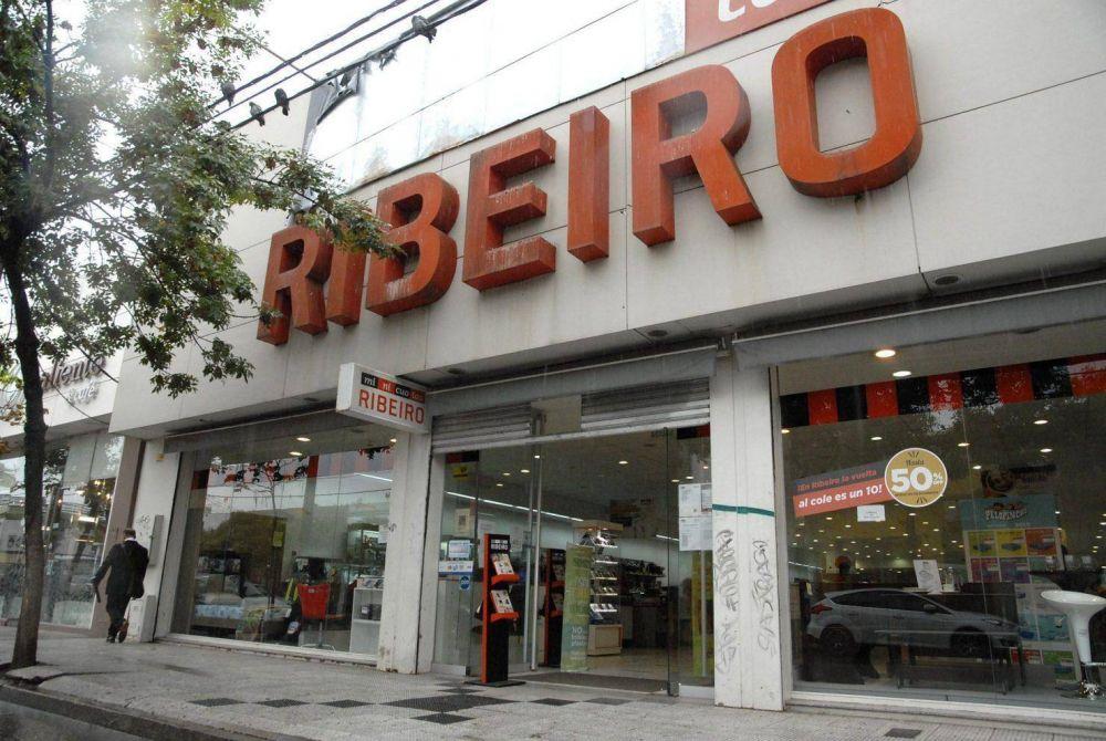 Minicuotas Ribeiro le paga a sus 1.500 empleados el sueldo en cuotas