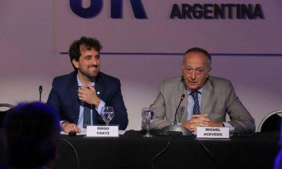 La CGT apareció de sorpresa en la UIA y avanza el pacto social de Fernández