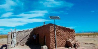 Entregaron kits de energía solar a 1200 hogares de Chubut