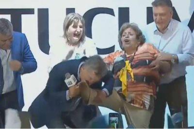 En busca del milagro, Macri le declara la guerra a la mentira