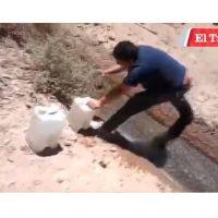 Les niegan el acceso al agua potable en Chile