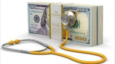 La salud privada, al borde del colapso por la devaluación y los costos en dólares