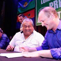 En Lomas se firmó el convenio colectivo de trabajo para los municipales