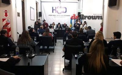 Fuerte cruce en el Concejo por el decreto de Macri para importar basura