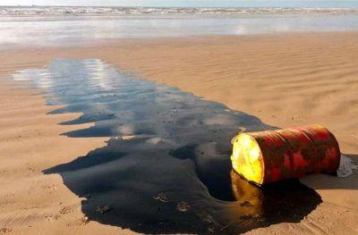 Marplatenses fueron testigos de la presencia de petróleo en la costa nordeste de Brasil