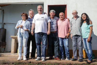 Passalacqua entregó viviendas rurales en Itacaruaré