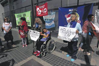 Derogan el recorte a los tratamientos para personas con discapacidad