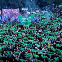 La Plata: Lo que dejó la multitudinaria marcha por el Encuentro Nacional de las Mujeres