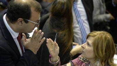 La Legislatura bonaerense sesionará tras la elección y ya negocian una transición con el peronismo