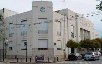 Dolores: El municipio bonificó a los empleados estatales con $1000 para Octubre