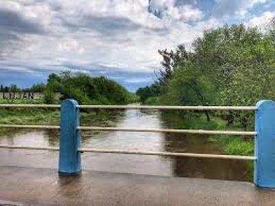 Río Luján: sigue bajando pero sigue el alerta