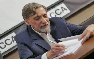 Jorge Elías presenta en el Baun su manual de derechos laborales