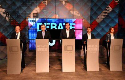 Sin fuertes cruces, candidatos a intendente debatieron propuestas