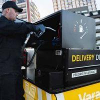 En Argentina le prohibieron el delivery de combustibles pero lo promoverá en países limítrofes