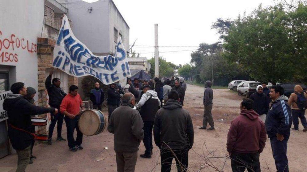 Conflicto en Cortinas Esteban: Declararon inválidos los telegramas y los despedidos vuelven a ser empleados