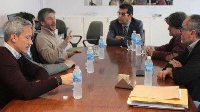 Colegio de Abogados continúa reuniones con candidatos a intendente