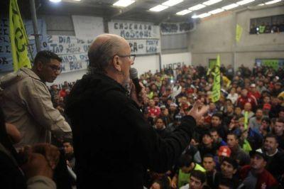 UOCRA La Plata: 800 trabajadores celebraron el Día de la Lealtad en un acto con Vergara