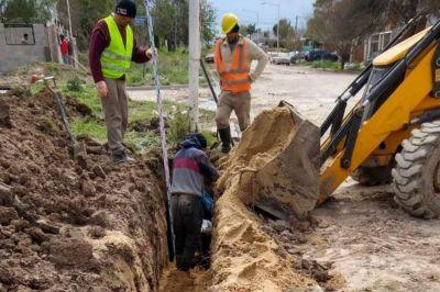La Municipalidad continúa con la colocación de la nueva red cloacal al sudeste de Paraná