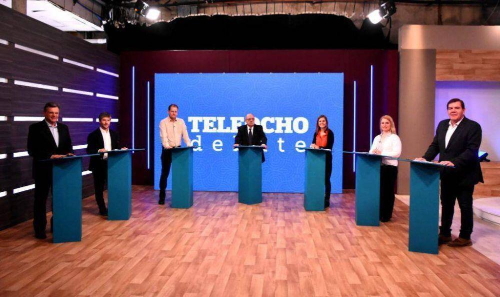 Los siete candidatos a intendente debatieron ideas por primera vez