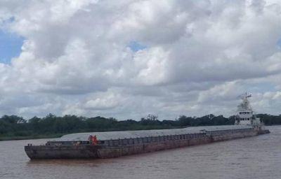 Por la bajante del Río Paraná las barcazas con combustibles no ingresan a puertos chaqueños