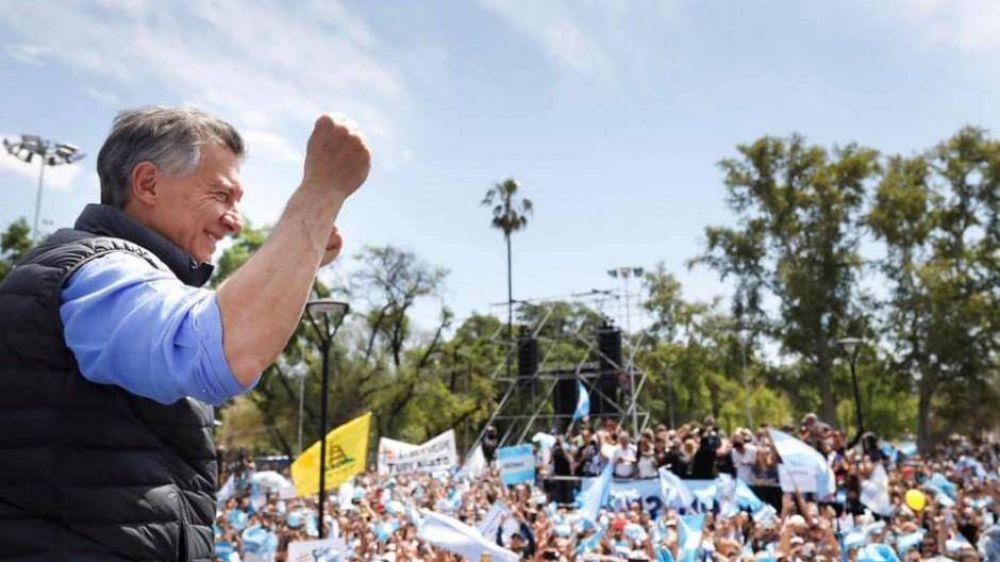 Los evangélicos lograron que Macri rechace el aborto, pero no creen que le sume votos