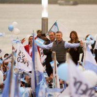 Macri lidera un acto en el Obelisco con el foco puesto en el debate