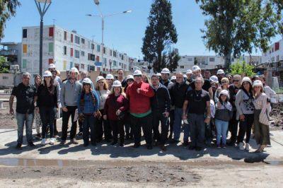 Tagliaferro recorrió obras con los foros de seguridad en el Barrio Carlos Gardel