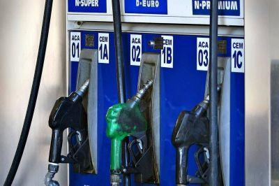 Congelamiento de naftas. Las petroleras presentaron un amparo en conjunto contra la medida