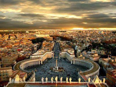 """El """"Juicio Universal"""" por problemas de dinero y finanzas, desmentido por el Vaticano"""