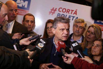"""Pulti ratificó su compromiso con los marplatenses: """"Es importante municipalizar la elección"""""""
