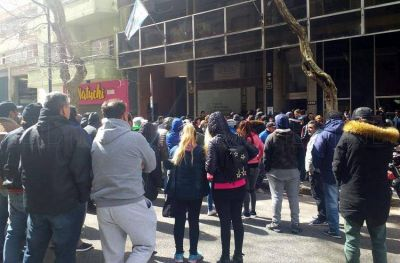 Fileteros levantaron la toma del Ministerio de Trabajo