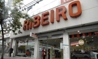Ribeiro trasladó a dos horas de distancia a los empleados que dieron a conocer los cierres de sucursales