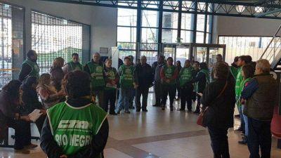Sin atención en las delegaciones del PAMI en Río Negro