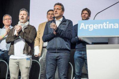 """Gustavo Menéndez: """"Este domingo, el pueblo argentino se pone de pie para siempre"""""""