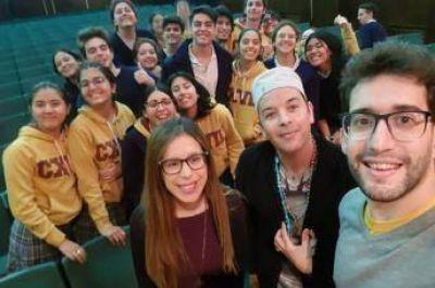 Jóvenes de Rijba en el Colegio Inmaculado Corazón de María Adoratrices