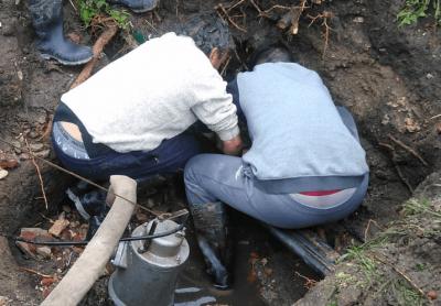 Obras Sanitarias Reparó un caño maestro en Diagonal San Martín