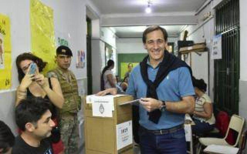 La Plata: Garro retuvo el Ejecutivo por casi 10 puntos de diferencia