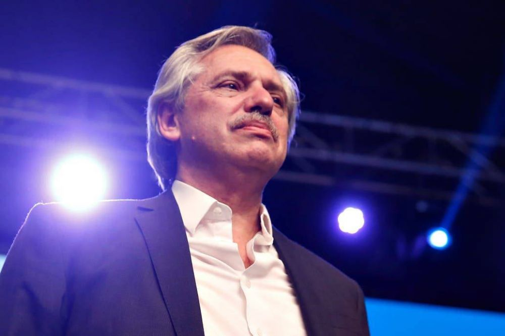 Alberto Fernández designa 40 dirigentes para coordinar el traspaso con el macrismo