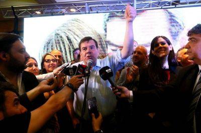 Los votos del centro, claves para la victoria de Montenegro